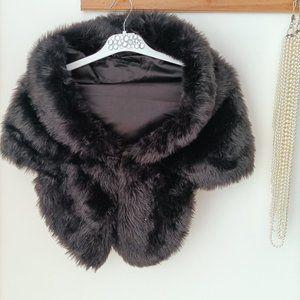 Black Faux Fur Scarf Cape Neck Wrap Soft Fluffy One size